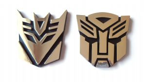 Transformers Autobot and Decepticon Chrome Emblem 9.5 CM SET OF TWO